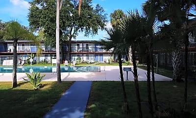 Maxwell Garden Apartments, 2