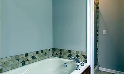 Bathroom, 2565 E Turtle Creek Dr, 2