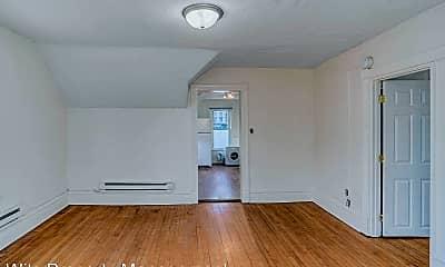 Living Room, 600 Charles Ave, 1