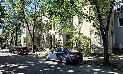 Building, 419 Warren Crescent, 2