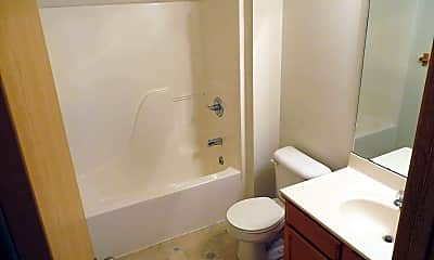 Bathroom, 2428 Lanes End Ln, 2