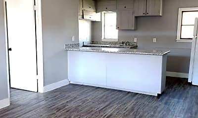 Kitchen, 4706 Yellowstone Blvd, 2
