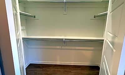 Kitchen, 806 W 32nd St, 2