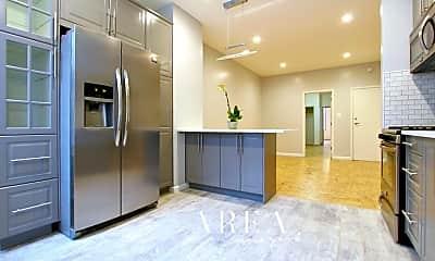 Kitchen, 18-77 Linden St, 1