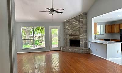 Living Room, 2424 Willow Bend Dr, 1