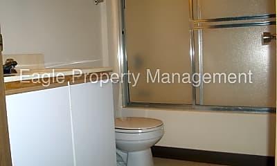 Bathroom, 125 Boyson Rd, 2