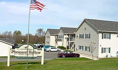 Pheasant Hollow Apartments, 0