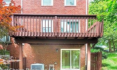 Building, 1009 Dartmouth Glen Way, 1