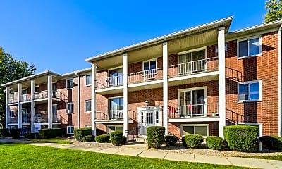 Building, Maple Crest Apartments, 0