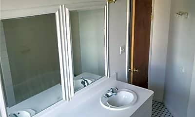 Bathroom, 967 E 165th St 3RD, 2