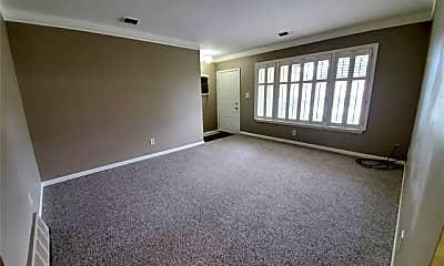 Living Room, 30219 Calahan Rd, 1