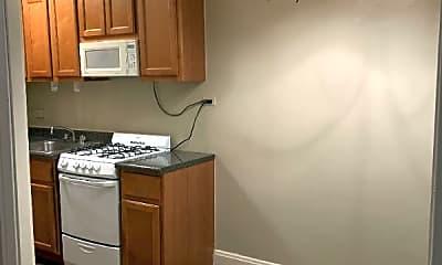 Kitchen, 537 W Deming Pl, 2