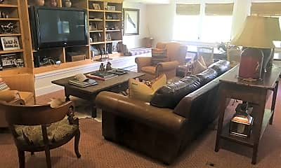 Living Room, 502 Carpenter Hill Road, 2
