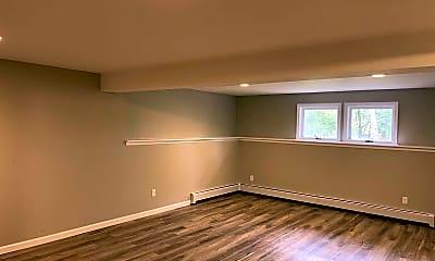 Living Room, 2638 NY-82, 2