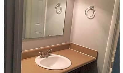 Bathroom, 1717 Whiteoak Rd, 1