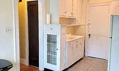 Kitchen, 2000 Mars Ave, 0