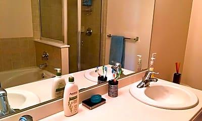 Bathroom, 2 Tottenham Ct, 2