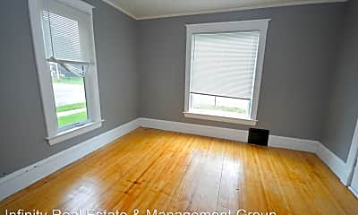 Living Room, 107 3rd Ave SW, 2