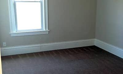 Bedroom, 2107 N Aldrich Ave, 2