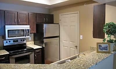 Knoxbridge Apartments, 1
