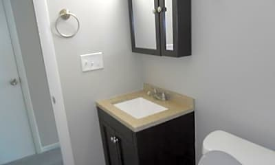 Bathroom, 2400 Alabama St, 2