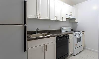 Kitchen, 100 Clinton Ave 1S, 1