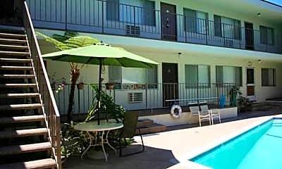 Pool, Magnolia II, 1