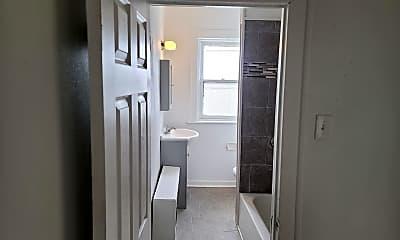 Bathroom, 1281 S Broad St, 2