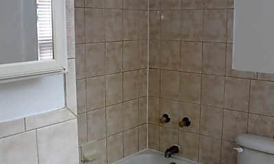 Bathroom, 809 Park Ave, 2