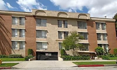 Building, 125 N Cedar Street, 2