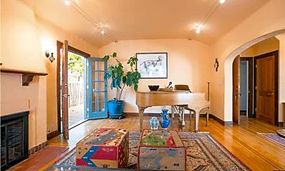 Living Room, 314 Grand St, 1