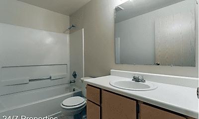 Bathroom, 2001 Virginia Ln, 2
