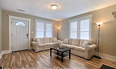 Living Room, 1013 E 33rd St, 0