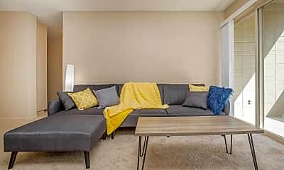 Living Room, 3031 NE 137th St, 0