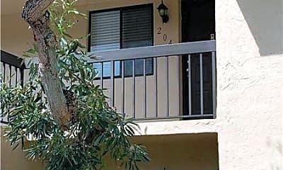 Building, 21943 Remsen Terrace, 2
