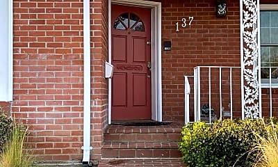 Building, 137 Covington St, 1