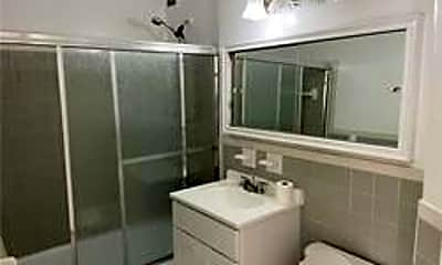 Bathroom, 175-20 Wexford Ter 16T, 2