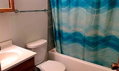 Bathroom, 138 13th Ave W, 2