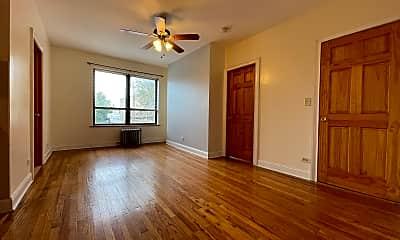Living Room, 4538 N Clark Street Apt: 205, 1