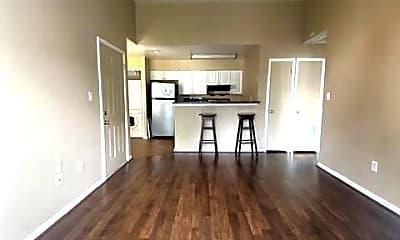 Kitchen, 8633 Beekman Pl 33D, 1