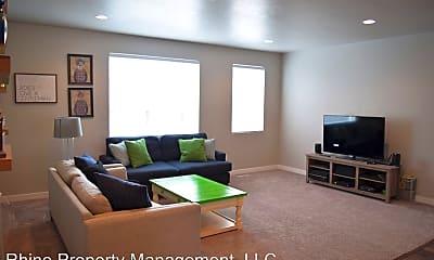 Living Room, 3684 Golden Sky Ln, 1