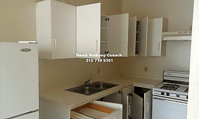 Kitchen, 426 S New Hampshire Ave, 1