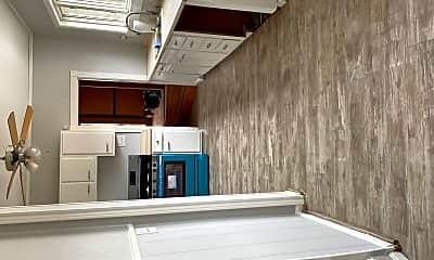 Kitchen, 581 Highland Ave, 1