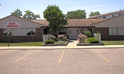 Centennial Estates, 1