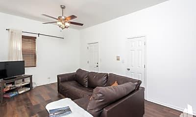 Bedroom, 1031 N Paulina St, 1