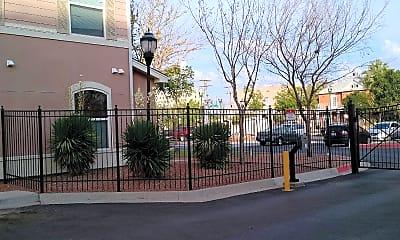 Magoffin Park Villas, 2