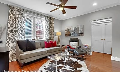 Living Room, 4101 Magnolia Ave, 0