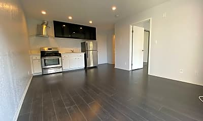 Living Room, 827 S Wilton Pl, 0