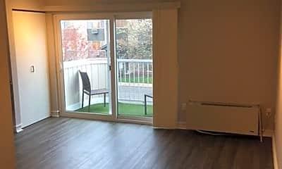 Living Room, 124 Beech St, 1