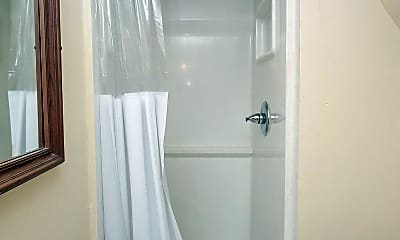 Bathroom, 3209 Winter St, 1